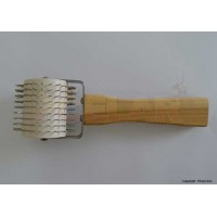 Odviečkovač jež s Antikora ihlami a drev. rúčkou